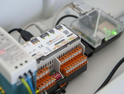 linux-based data logger