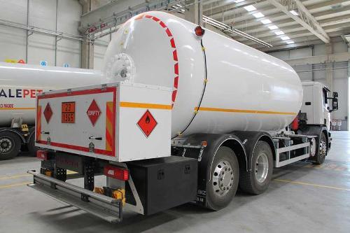LPG - Bobtail Tank