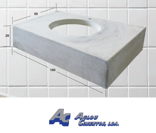 Base de lavabo en béton