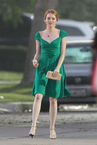 EMMA STONE GREEN DRESS IN MOVIE LA LA LAND
