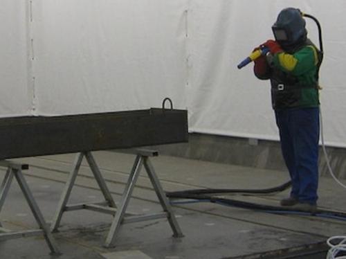 Construção e montagem de estruturas metálicas