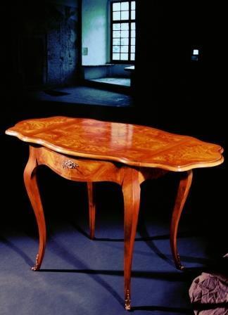 Tavolino In Stile Luigi XV