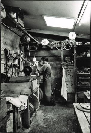 atelier de fabrication d'objets en cristal de luxe