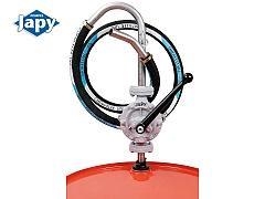 Pompe manuelle équipée pour produits spéciaux