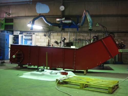 Wet slag extractor