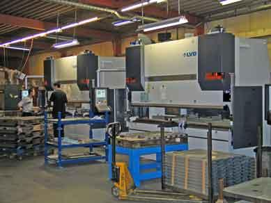 3 LVD PPEB bending press - 9 axis/3000mm