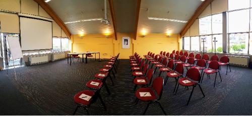 Salle Raymond Jeener