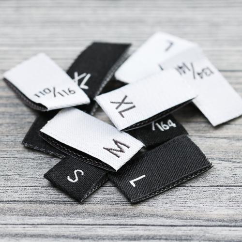 Etiquetas tejidas de tallas
