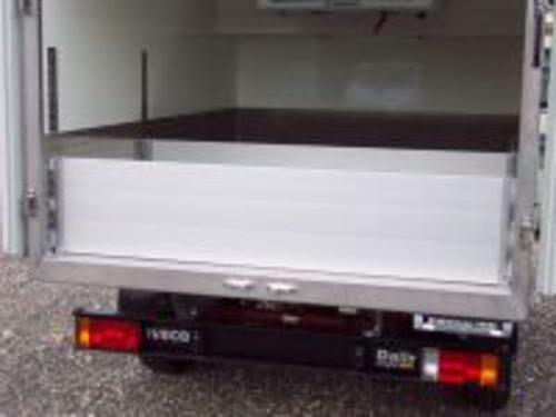 Effiziente Kühlfahrzeuge Speziell Für Den Tiefgekühlten Dönertransport