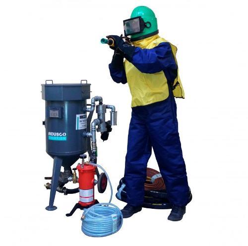 Sandstrahlgerät Optimal: CLEMCO Ausrüstung und ArbSch