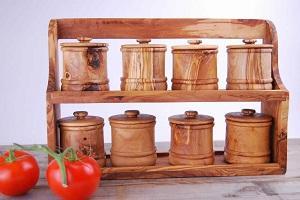 8 boites à épices avec étagères