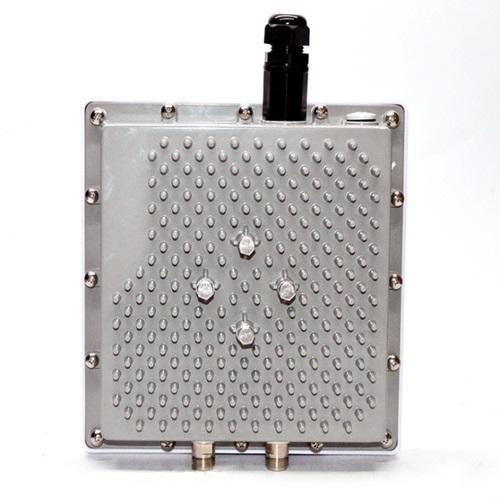 Outdoor Gigabit high-power dual-band AP