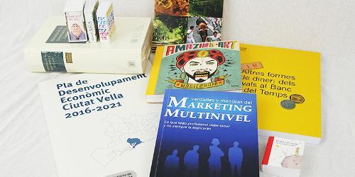 brochures, flyers, tent cards