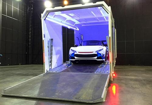 Transport de véhicule de luxe