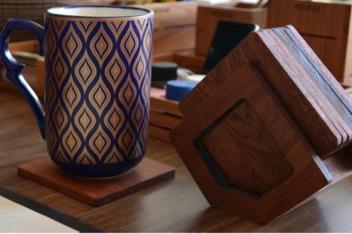 Sapele Coaster Set with Stand - 8 Pieces - WOODSAKA