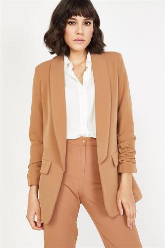 Women Mink Arm Ruffles Jacket