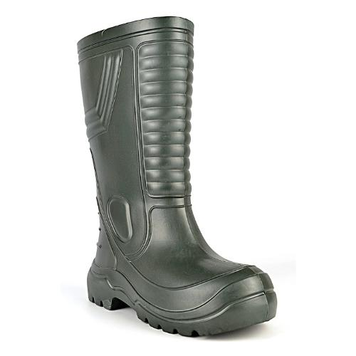Boots for fishing and hunting