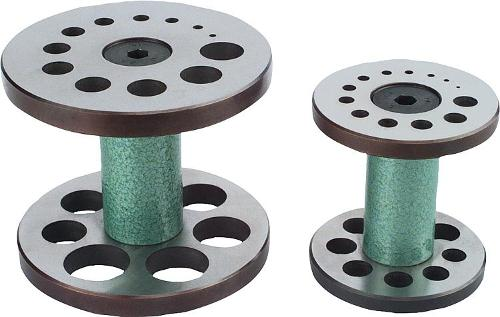 Support cylinders for workpieces with collar